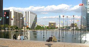 Takis - Le Bassin, Takis (1988, La Défense).