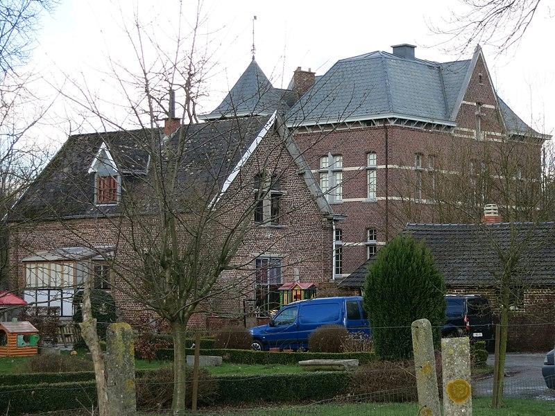 Kastee/Landhuis Groot-Peteren in Alken uit 1885