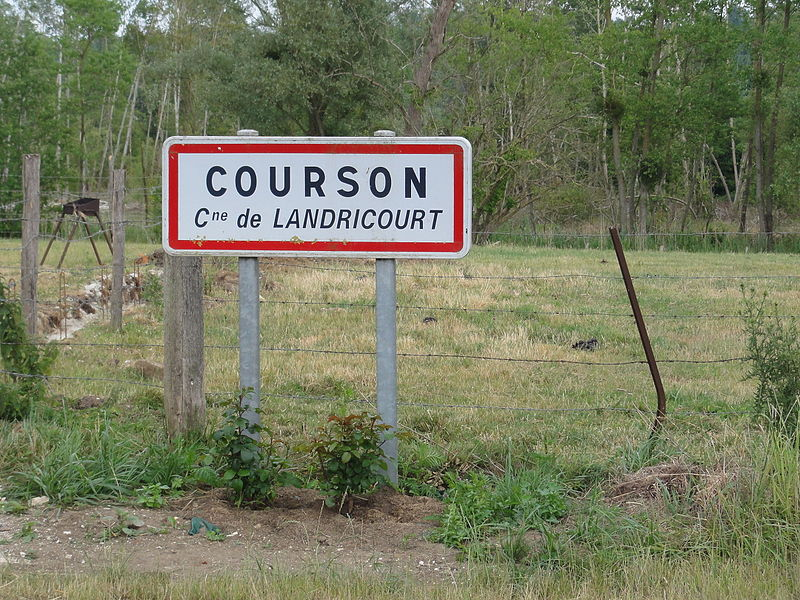 Landricourt (Aisne) city limit sign Courson