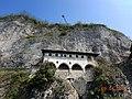 Leggiuno - Eremo di Santa Caterina del Sasso - Lago Maggiore - panoramio (7).jpg