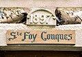 Linteau daté de 1897. Conques.jpg