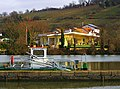 Living On The Lock - panoramio.jpg