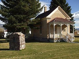 Wayne County, Utah - Image: Loa Tithing Office Loa Utah