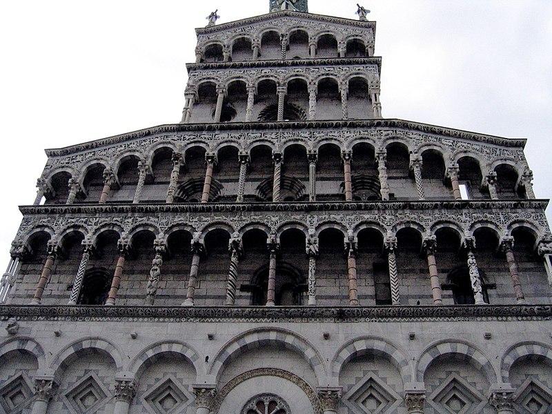 File:Lucca-chiesa02.jpg