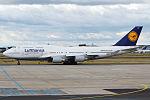 Lufthansa, D-ABVY, Boeing 747-430 (16271106017) (2).jpg