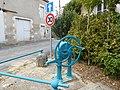 Ménétréol-sous-Sancerre, pompe Sauzay Frères.jpg