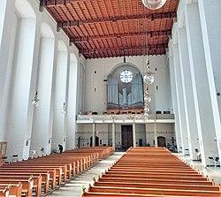 München, Königin des Friedens (Blick zur Zeilhuber-Orgel) (16).jpg