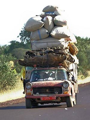 Transport in Mali - A typical highway scene in Mali.