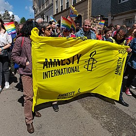 Marche des fiertés rouen 20190504 - amnesty international.jpg