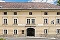 Maria Saal Hauptstrasse 1 Gasthof zur Post Risalit mit Portal Teil-Ansicht 03072017 0119.jpg