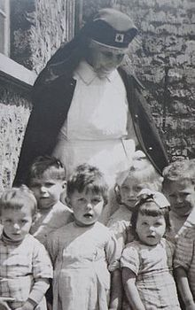 Marie de Miribel with children.jpg