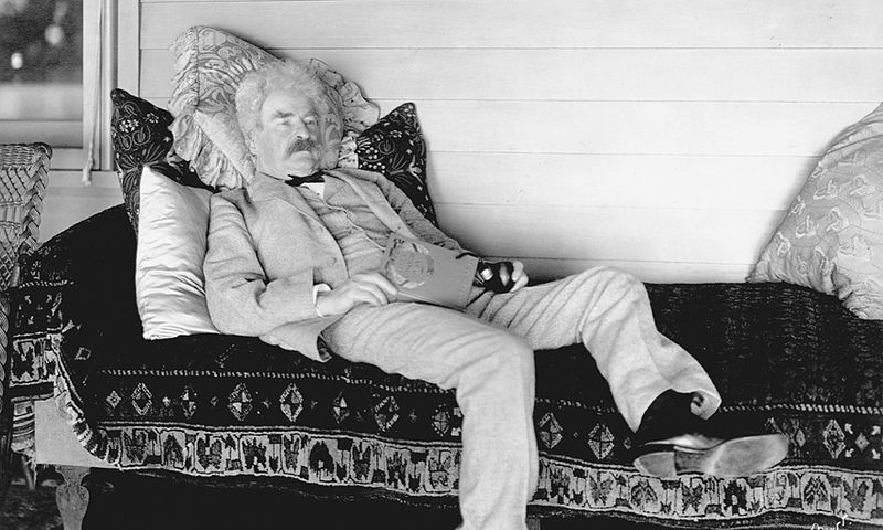 File:Mark Twain reading c1900s.jpeg