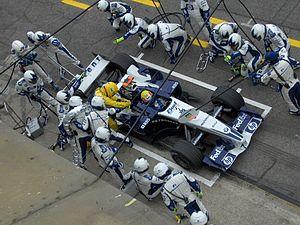 Williams FW27