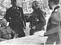 Marszałek Gunther von Kluge podczas narady z gen. Heinzem Guderianem na froncie wschodnim (2-674).jpg