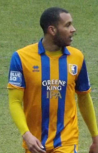 Matt Green (footballer) - Green playing for Mansfield Town in 2013