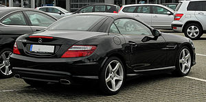 Mercedes-Benz SLK 200 BlueEFFICIENCY Sport-Paket AMG (R 172) – Heckansicht, 14. August 2011, Velbert.jpg