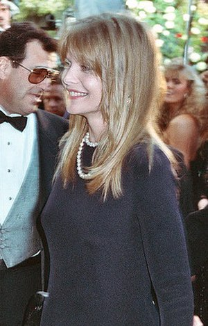 Michelle Pfeiffer - Pfeiffer at the 1990 Academy Awards
