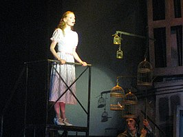Michelle van de Ven in de musical Sweeney Todd