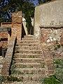 Mikulovský zámek, schody v zahradě.JPG