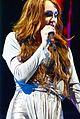 Miley Cyrus during the Wonder World concert in Detroit 5.jpg