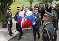 Minister za obrambo je položil venec k spomeniku Pomnik 1991 2.jpg