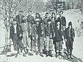 Mladinci na poti v partizane 1943.jpg