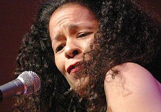 Molly Johnson Canadian singer (born 1959)