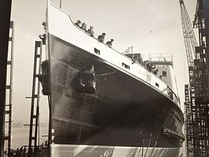 SS Mona's Isle (1950) - Mona's Isle is launched at Birkenhead, 12 October 1950