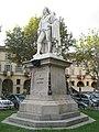 Monumento Alfieri angolato.jpg