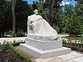 Monumento a Galdós (Victorio Macho, Madrid) 01.jpg