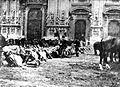 Moti 1898 Piazza Duomo.jpg