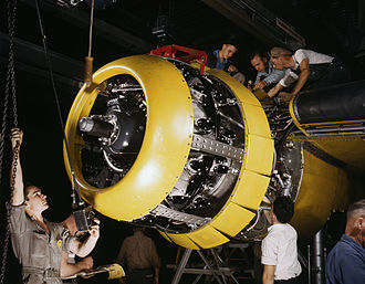Radial engine - Mounting of a Wright R-2600 Twin Cyclone engine on a North American B-25 Mitchell bomber, 1942