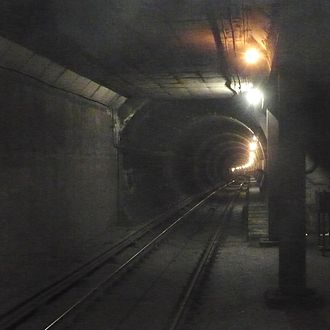 Museum station (Toronto) - South of the station, the tunnel can be seen curving to the east.