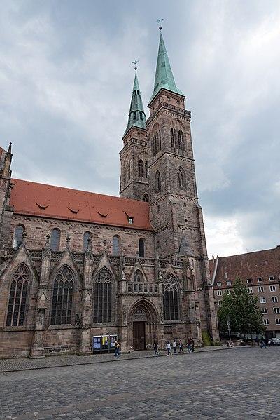 File:Nürnberg, Winklerstraße 26, Sebalduskirche-20160810-001.jpg