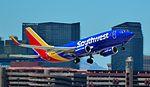 N454WN Southwest Airlines 2004 Boeing 737-7H4 - cn 29851 - 1477 (26952976351).jpg