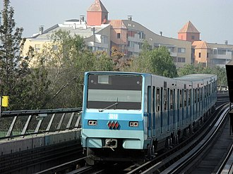 Santiago Metro Line 5 - NS-74 train in a viaduct of the line 5
