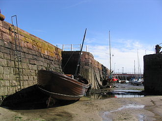 North Berwick - Harbour at low tide