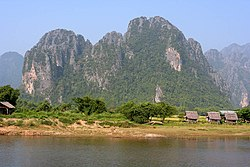 Sông Nam Song tại thị xã Vang Vieng