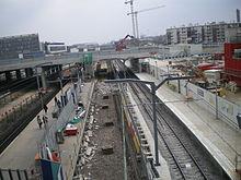 Gare de nanterre universit wikimonde for Garage de la gare poissy