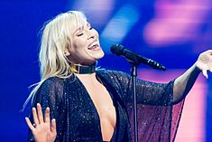 Natasha Bedingfield - 2016330204650 2016-11-25 Night of the Proms - Sven - 1D X - 0159 - DV3P2299 mod.jpg