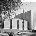 Nieuwe schouwburg te Eindhoven, de zijkant van het gebouw, Bestanddeelnr 916-9395.jpg