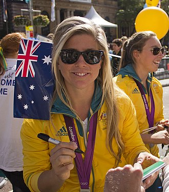 Nina Curtis - Curtis at the Welcome Home parade in Sydney