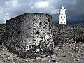 Ntsaoueni Wall (10927095456).jpg