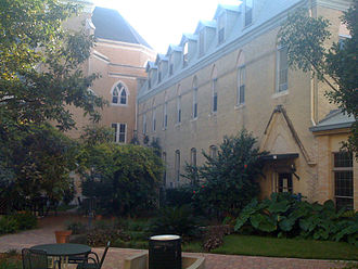 Our Lady of the Lake University - St. Anne's Courtyard