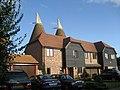 Oast House at Fuggles, Hale Court, East Peckham, Kent - geograph.org.uk - 331671.jpg