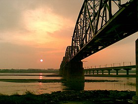Old Railway Bridge Across Kao-Ping River.jpg