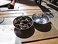 Olives de Nyons en tastevin.jpg