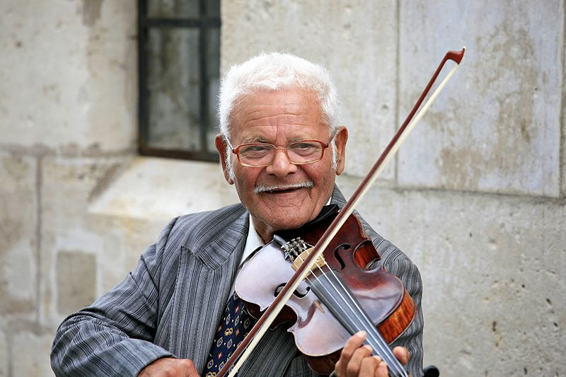 File:On the Violin (6001574063).jpg