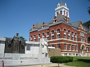 Oregon, Illinois - Ogle County Courthouse, downtown