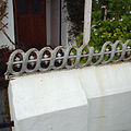 Ornamental rail to the top of a garden wall, Marine Parade, Appledore (geograph 4488139).jpg